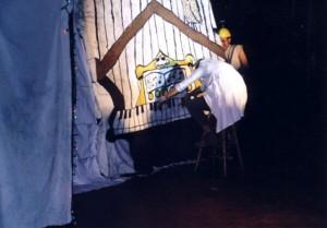 2002g011
